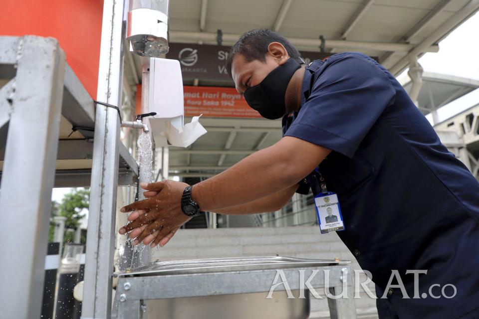 Pasar-pasar di Bandung Sediakan Tempat Cuci Tangan dan Semprotan Disinfektan