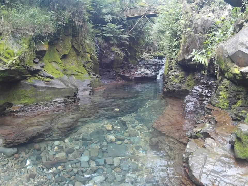 Yuk Nikmati Akhir Pekan di Air Terjun Curug Balong Endah - Foto 1
