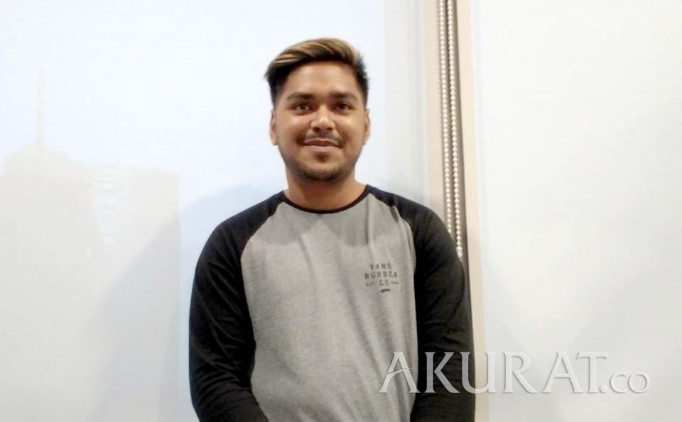 Ramadan Pertama Ahmad Abdul sebagai Indonesian Idol