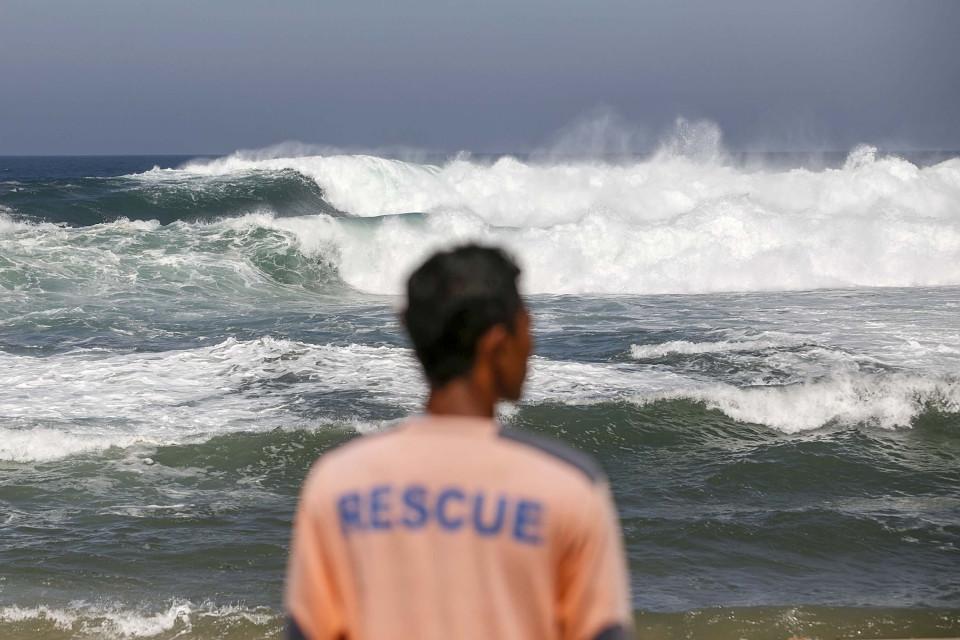 BMKG: Waspadai Gelombang Laut Setinggi 6 Meter di Perairan Halmahera Utara