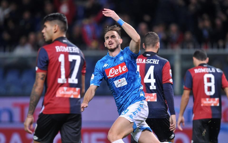 Napoli Menang Berkat Gol Bunuh Diri Kapten Genoa