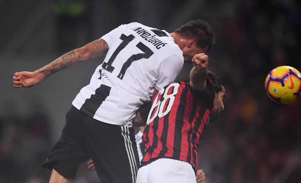 Babak I: Penalti Higuain Gagal Bikin Milan Tertinggal dari Juventus