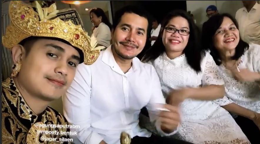 Usai Menikah Secara Hindu, Berikut Suasana Pernikahan Ajun Perwira-Jennifer Hari Kedua - Foto 1