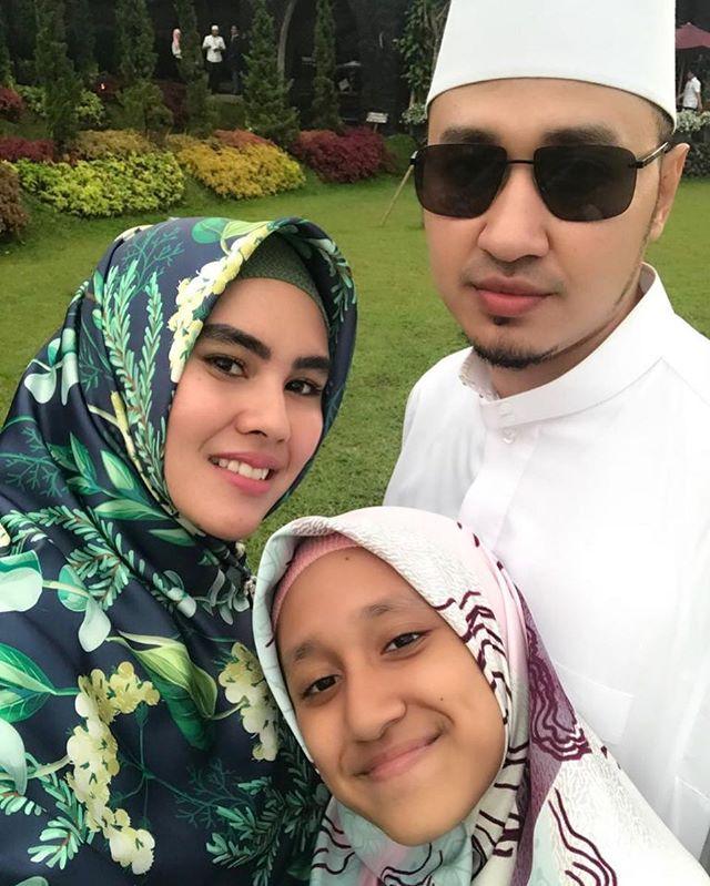 5 Momen Manis Kartika Putri dan Syarifah Syahra, Anak Tirinya yang Sekolah di Yaman - Foto 1