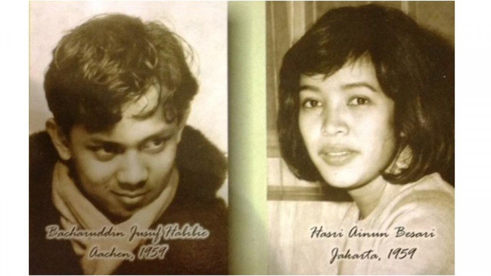 10 Potret Mesra Habibie dan Ainun ini Buktikan Cinta Abadi itu Ada - Foto 1