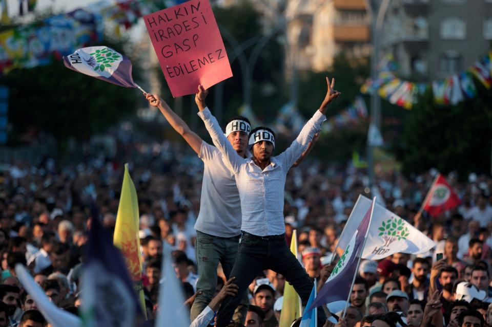 Digempur Turki hingga Dikhianati AS, ini 5 Fakta Menarik Bangsa Kurdi - Foto 2