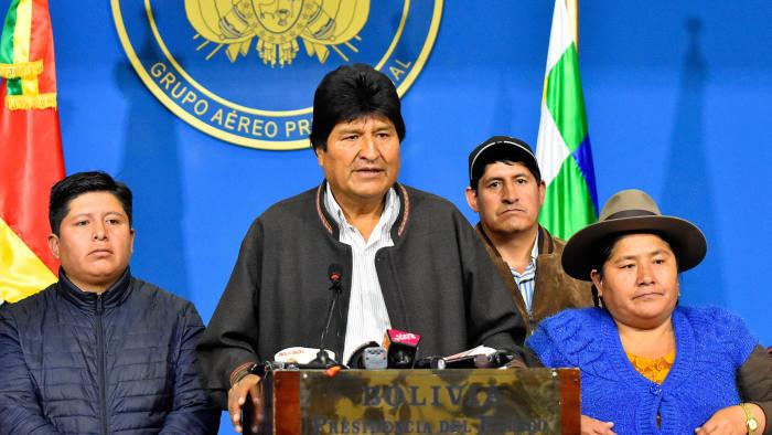 5 Fakta Menarik Evo Morales, Pribumi Indian Anti-AS yang Dukung Bahan Baku Kokain - Foto 2