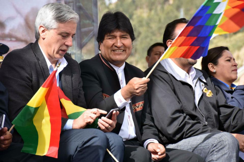 5 Fakta Menarik Evo Morales, Pribumi Indian Anti-AS yang Dukung Bahan Baku Kokain - Foto 5
