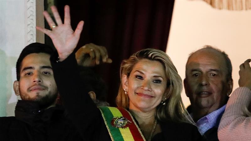 Deklarasikan Diri Sendiri sebagai Presiden Bolivia, ini 5 Fakta Menarik Jeanine Anez - Foto 1