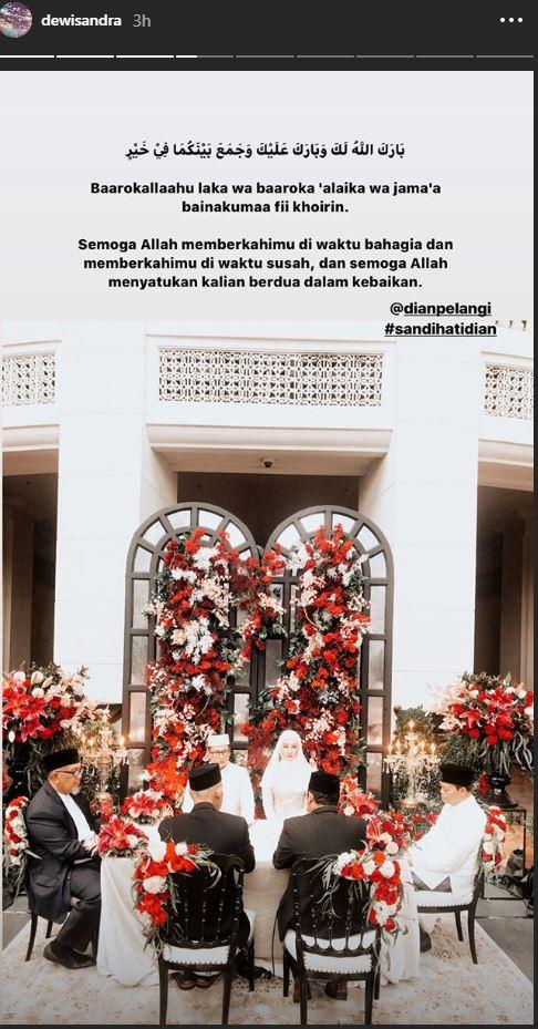 Selamat, Desainer Dian Pelangi Resmi Menikah Hari Ini - Foto 2