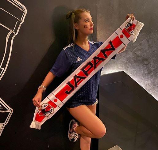 5 Pose Maria Ozawa Beri Dukungan ke Olahraga, Kasih Semangat ke Timnas SEA Games Lho - Foto 1