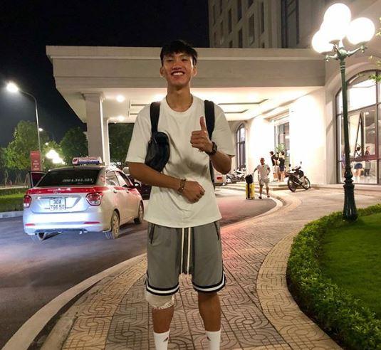 5 Potret Doan Van Hau saat Tersenyum, Pemain Vietnam yang Bikin Cedera Evan Dimas - Foto 4