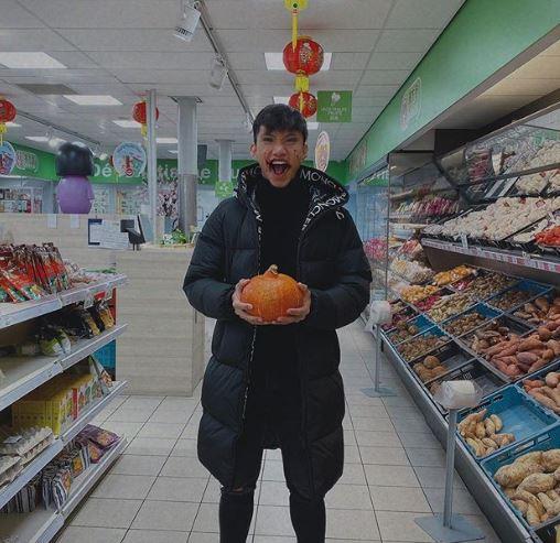 5 Potret Doan Van Hau saat Tersenyum, Pemain Vietnam yang Bikin Cedera Evan Dimas - Foto 1