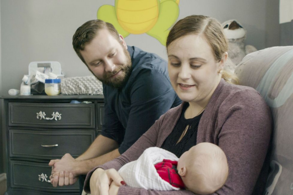 Seorang Ibu di AS Lahirkan Bayi setelah Mendapat Transplantasi Rahim dari Donor Mati