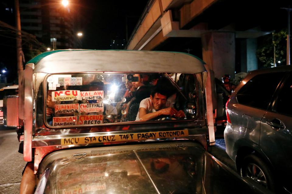 Manila: Sesaknya Jalanan dan Sejarah Perlawanan - Foto 3