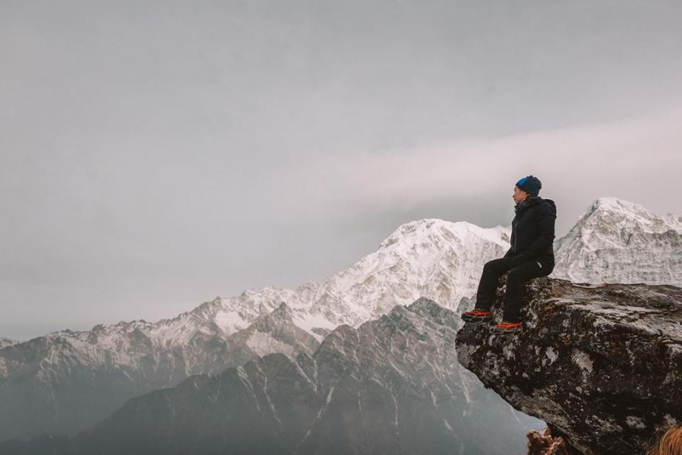 Kibarkan Sang Merah Putih di Puncak Gunung Es, 10 Potret Nikita Willy Mendaki Himalaya - Foto 5