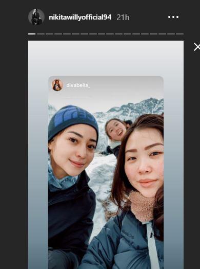 Kibarkan Sang Merah Putih di Puncak Gunung Es, 10 Potret Nikita Willy Mendaki Himalaya - Foto 8