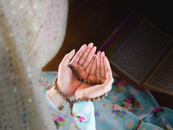 3 Doa Bagi Buah Hati Agar Selalu Tumbuh dalam Kebaikan, Bunda Wajib Baca