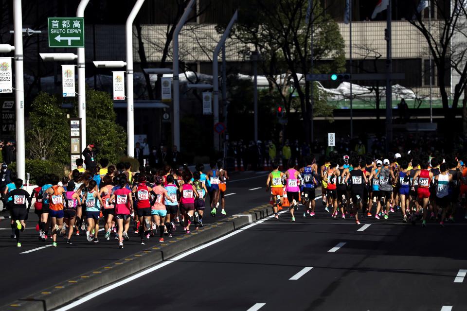 Mampukah Ambisi Olahraga Indonesia Bertahan Melewati Corona - Foto 3