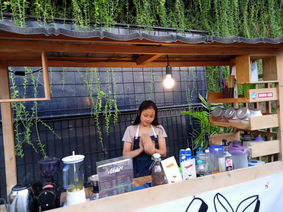 Sensasi Kopi Kelapa di Aloha Coffeehouse - Foto 2