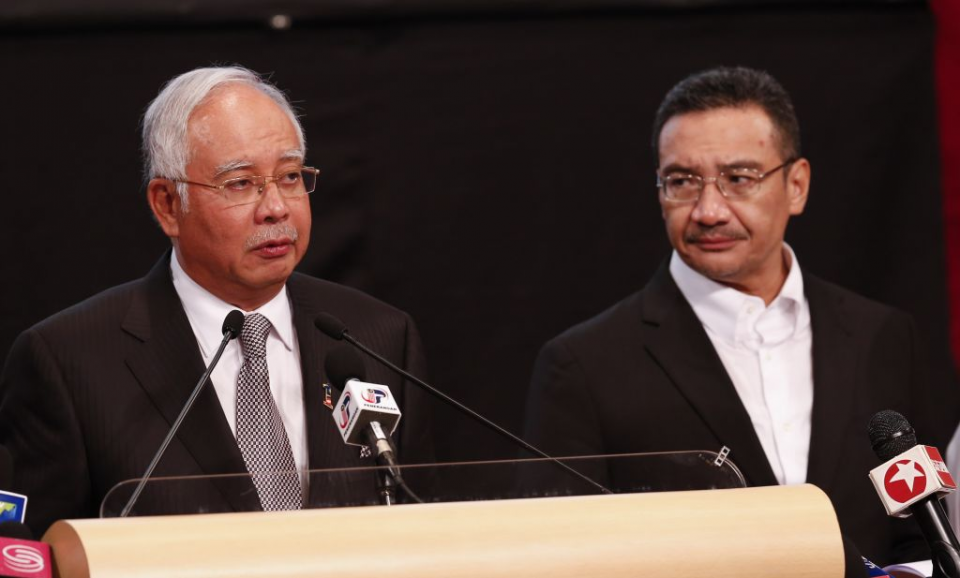 5 Fakta Menarik Hishammuddin Hussein, Sepupu Najib Razak yang Jadi Menlu Baru Malaysia - Foto 1