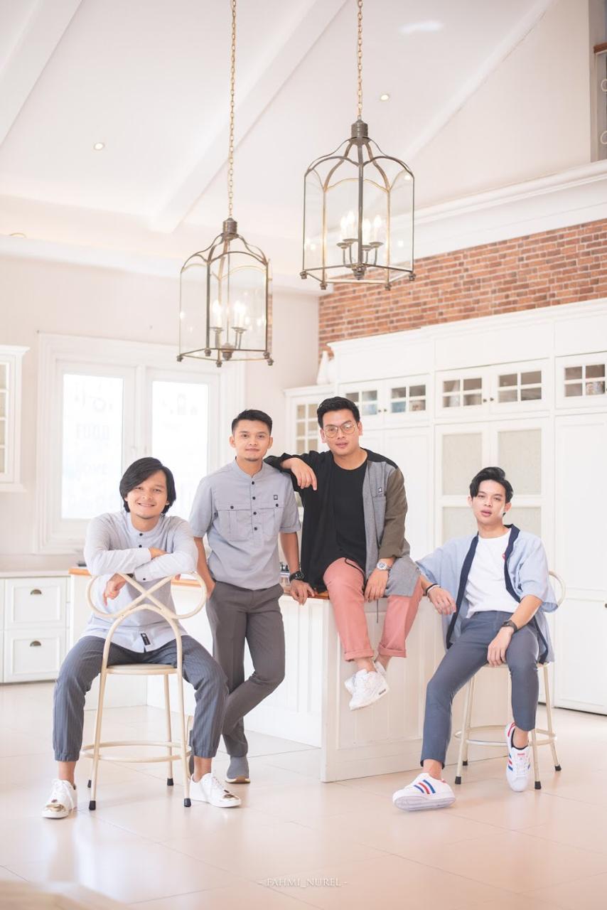 Grup Vokal Adam Siap Warnai Ramadan dengan Musik Islami, Ini Anggotanya - Foto 1