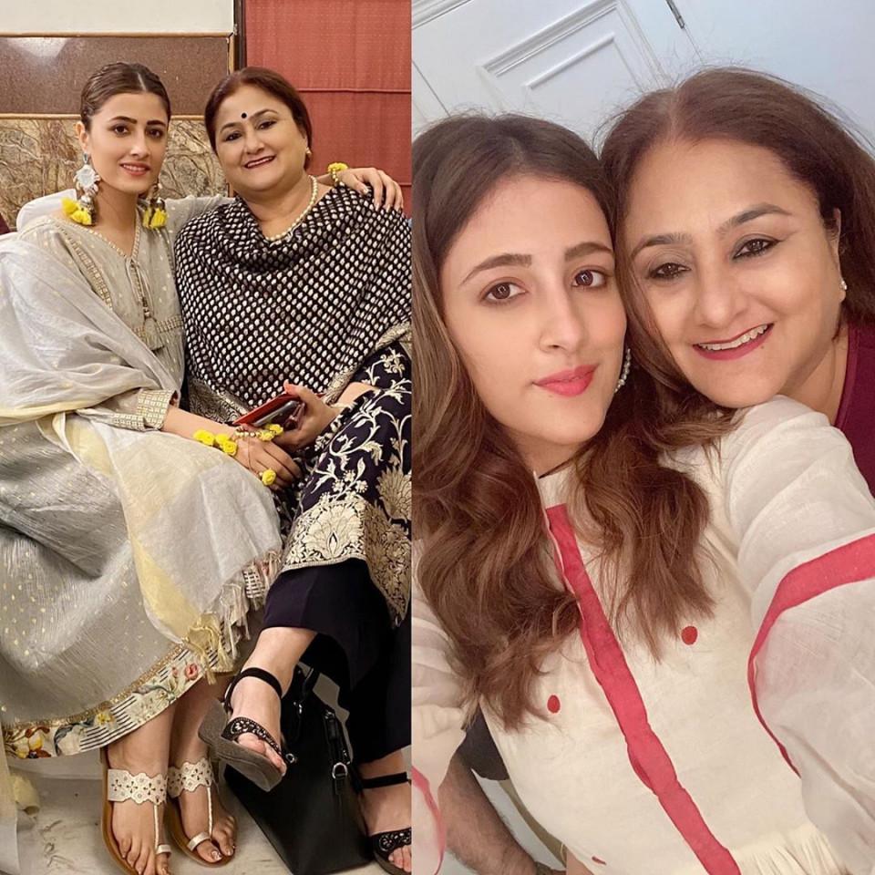 Peringati Mothers Day, 7 Artis Cantik Bollywood Ini Unggah Momen Manis Bersama Sang Ibu - Foto 7