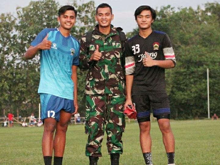 Gagah Abis, Ini 3 Potret Ravi Murdianto saat Berseragam Tentara - Foto 3