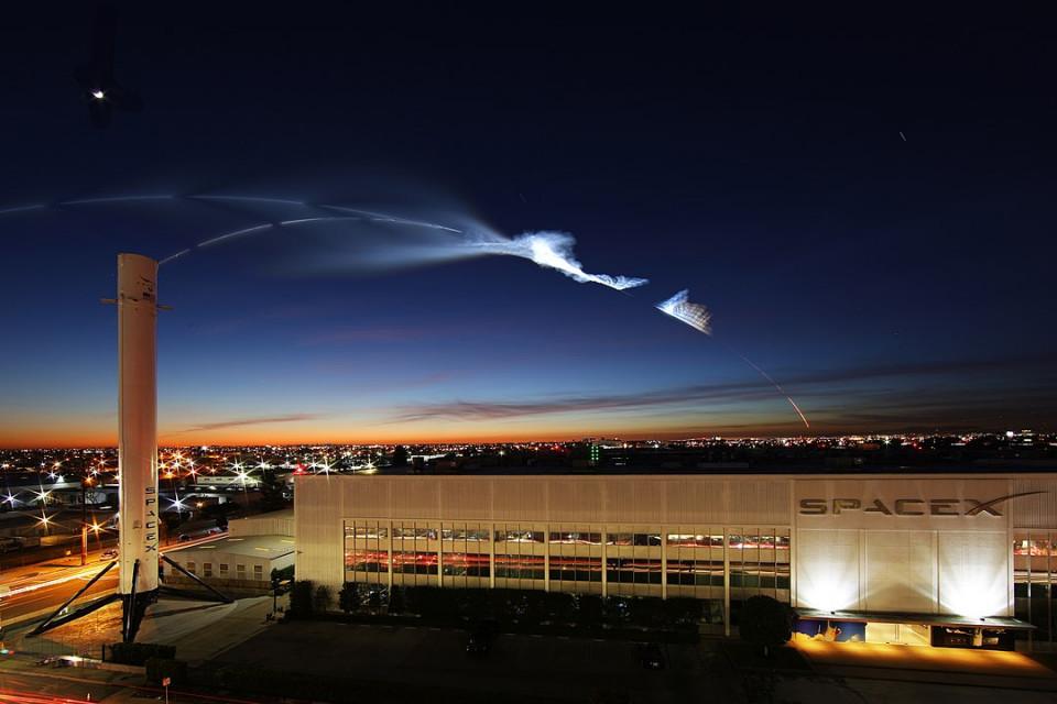 Perusahaan Swasta Pertama Luncurkan Pesawat Ulang-Alik dengan Astronot Ini 5 Fakta Menarik SpaceX - Foto 5