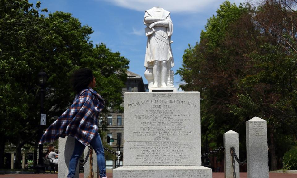 Mahatma Gandhi hingga Winston Churchill, 5 Patung Tokoh Dunia Ini Jadi Sasaran Vandalisme dalam Aksi Black Lives Matter - Foto 3