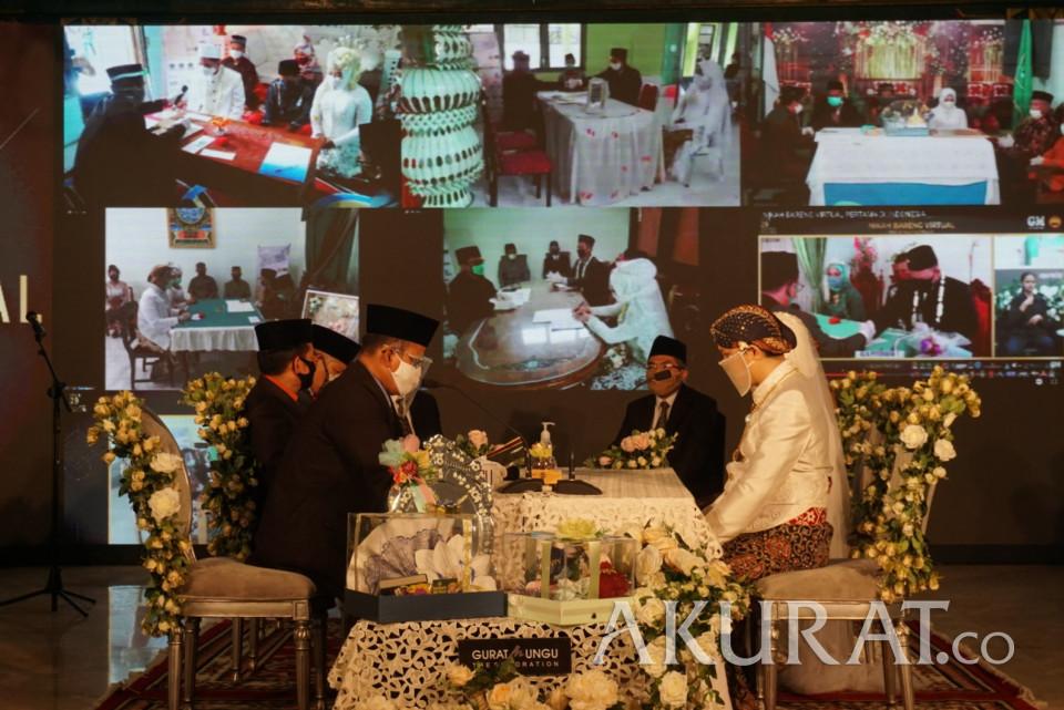 Pertama di Indonesia, Begini Potret Nikah Bareng Virtual Sepuluh Pasangan Pengantin DIY - Foto 1