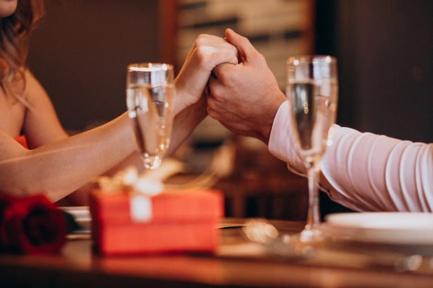5 Hal yang Membuat Hubunganmu Tak Bahagia - Foto 2