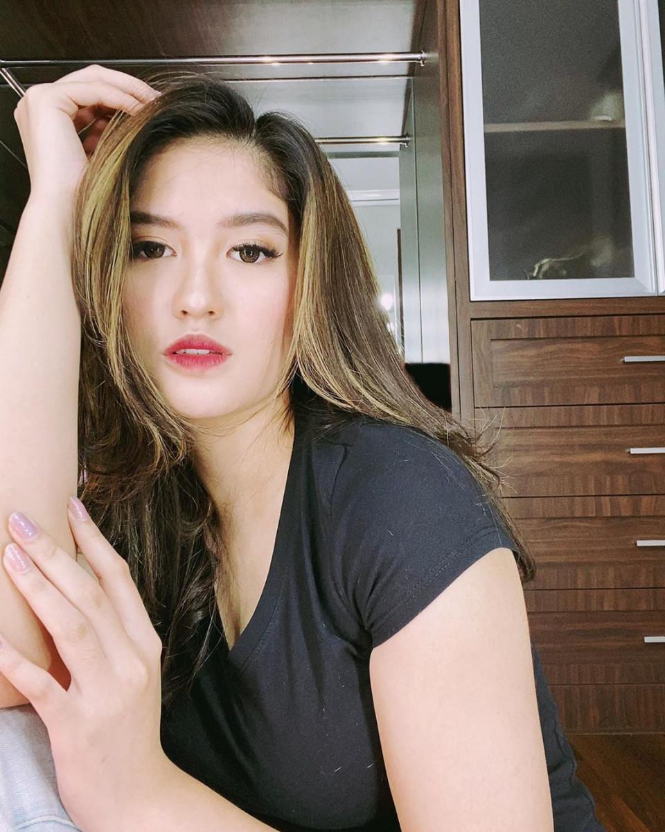 7 Potret Menawan Ochi Rosdiana, Mantan Personel JKT48 yang Eksis Bermain Sinetron - Foto 5