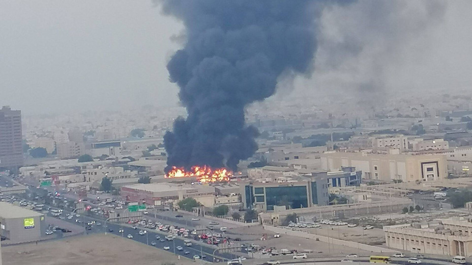Selain Beirut, 3 Kota ini Juga Tengah Diguncang Ledakan hingga Kebakaran Hebat - Foto 1