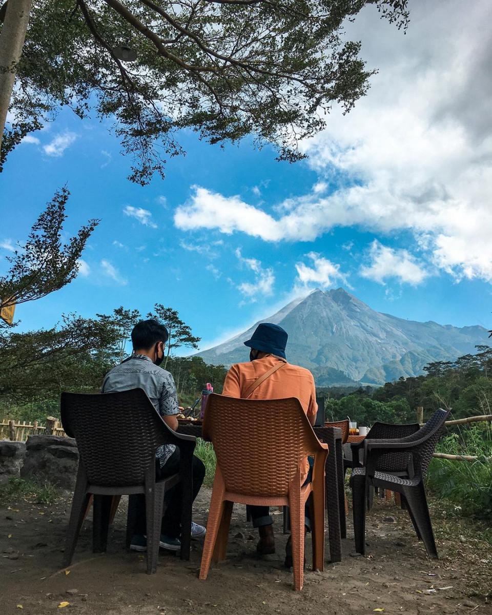 4 Spot Terbaik Melihat Gunung Merapi dari Jogja, Bisa Sambil Ngopi - Foto 3