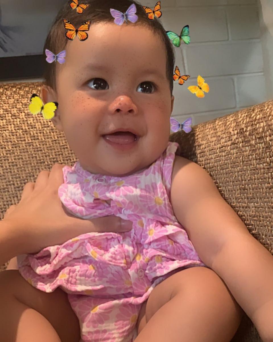 5 Potret Salima Putri Tama, Anak Menparekraf Wishnutama yang Semakin Menggemaskan - Foto 3