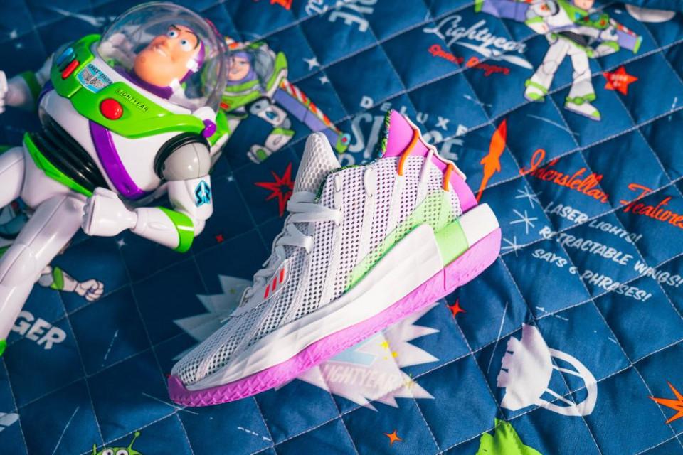 Adidas X Pixar Luncurkan Koleksi Bertema Toy Story Tuk Anak-anak dan Bayi - Foto 1