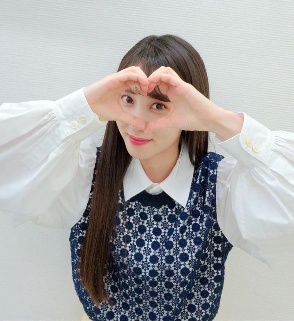 7 Potret Manis Park Eun-bin, Tetap Memesona Meski dengan Riasan Tipis - Foto 3