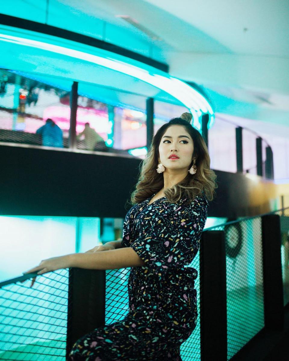 7 Potret Memesona Ochi Rosdiana, Pemeran Sheila dalam Sinetron Anak Band SCTV - Foto 1