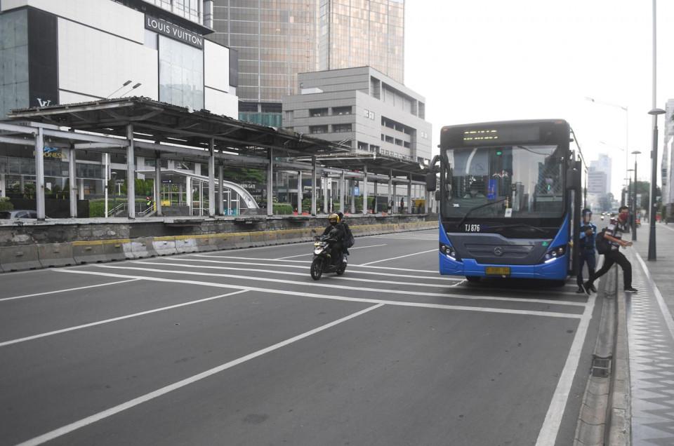 Imbas Halte Rusak, Transjakarta Rekayasa Jalur untuk Turunkan Penumpang