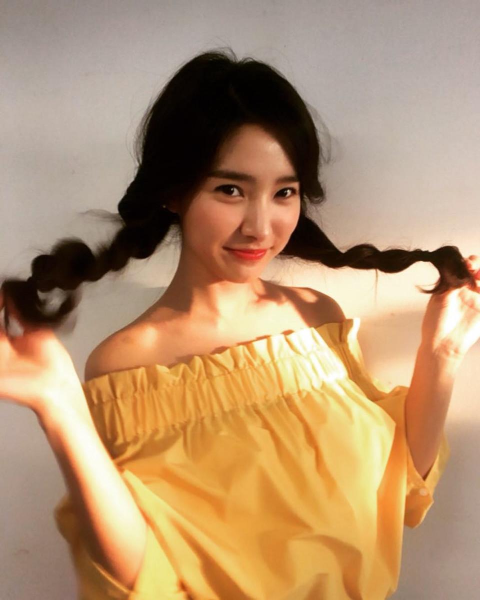 7 Potret Kim So-eun Makin Menawan di Usia Kepala Tiga - Foto 4
