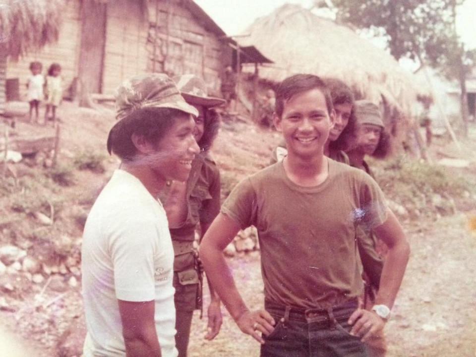 Ulang Tahun Ke-69, 7 Potret Gagah Menhan Prabowo Subianto Semasa Muda - Foto 3
