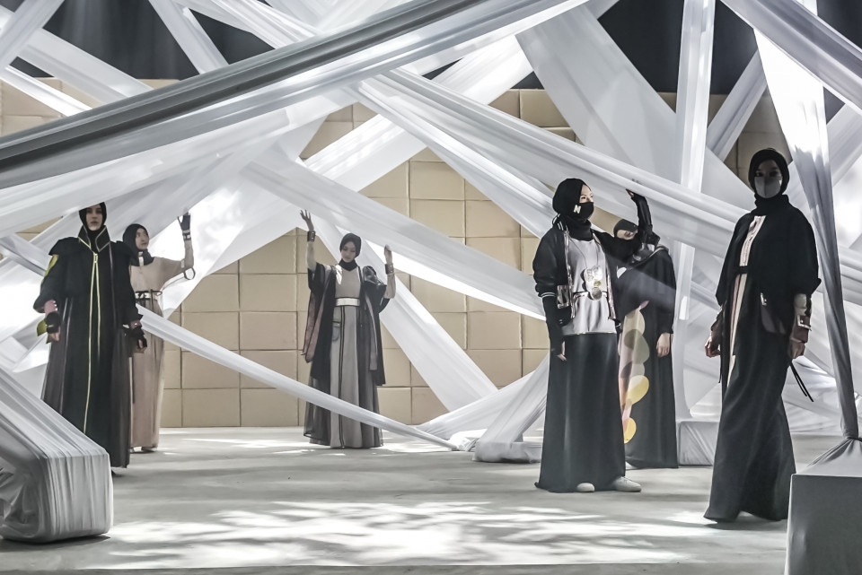Kaya Inspirasi Sustainable Fashion di Hari ke-3 ISEF 2020 - Foto 1