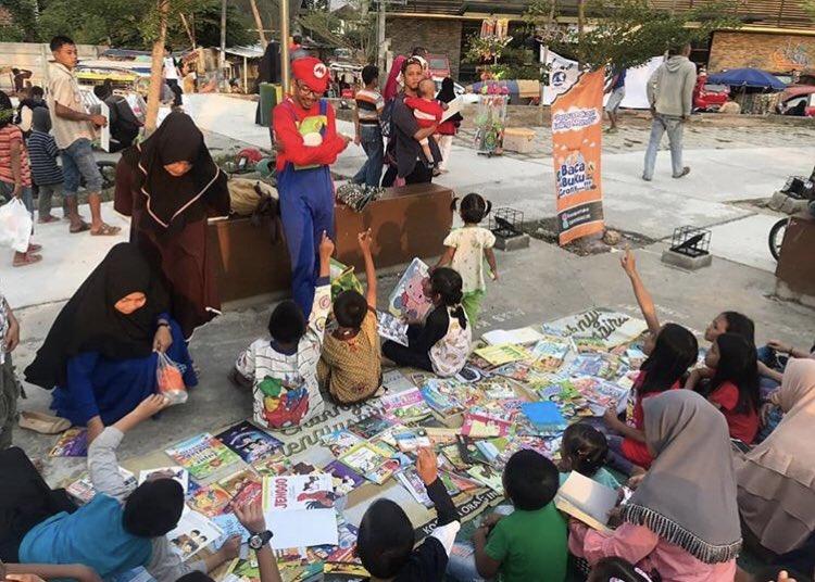 Inspiratif Adi Sarwono, Salesman Keliling Sang Juru Selamat Literasi Anak - Foto 1