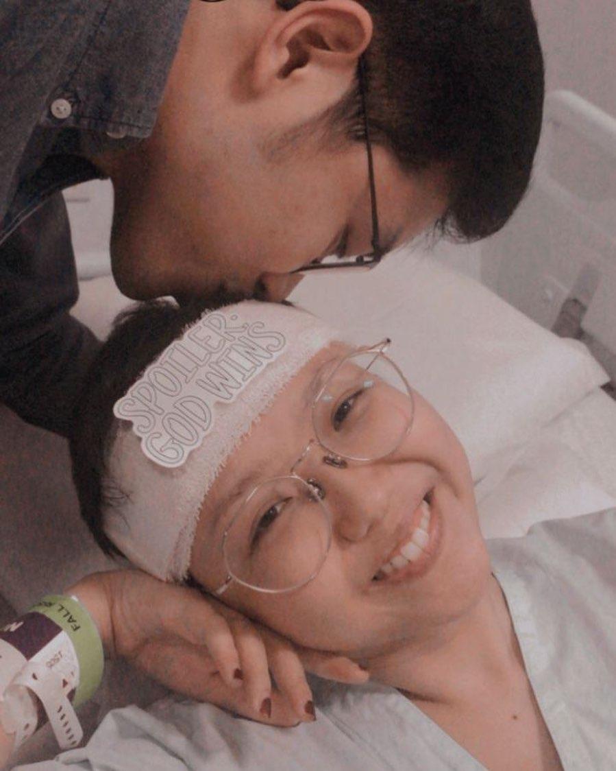 Kisah Pria Singapura Setia Temani hingga Lamar Kekasih yang Idap Kanker Stadium Akhir - Foto 1
