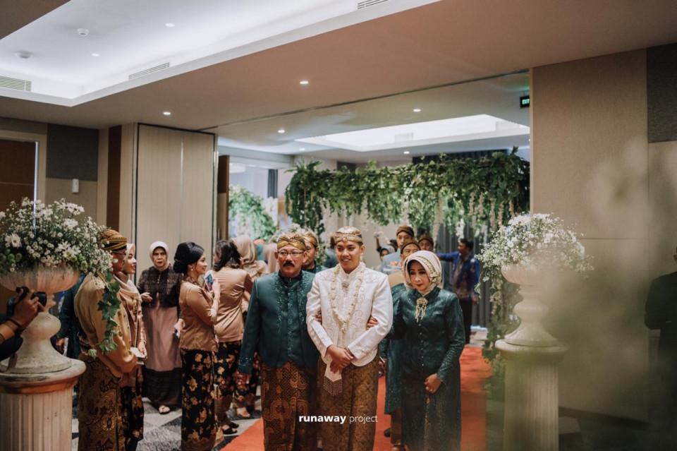 PAHALA: Pasangan Sah Akad Dulu Aja di Luminor Hotel Jemursari Surabaya - Foto 2
