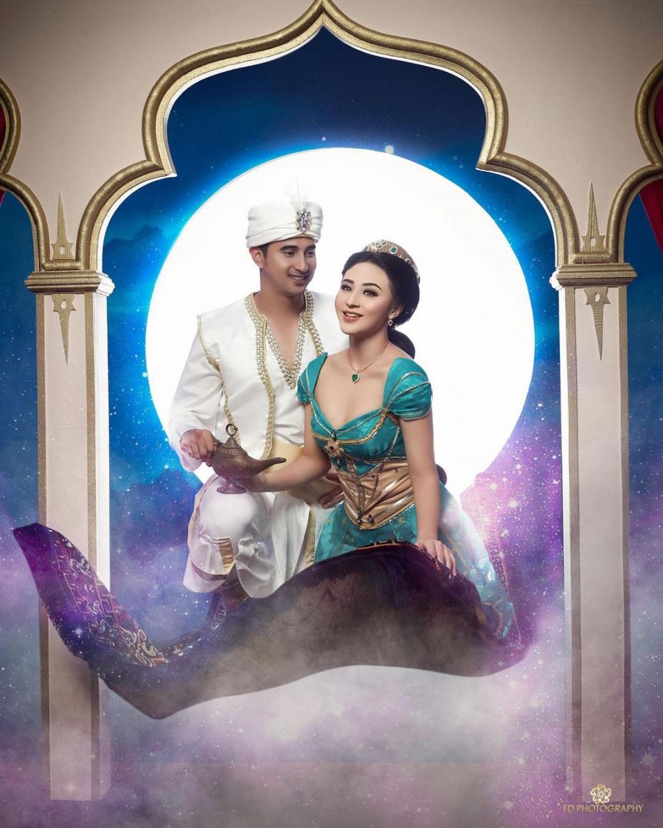 5 Potret Ali Syakieb dan Margin Wieheerm Tampil Romantis Bertema Aladdin - Foto 2