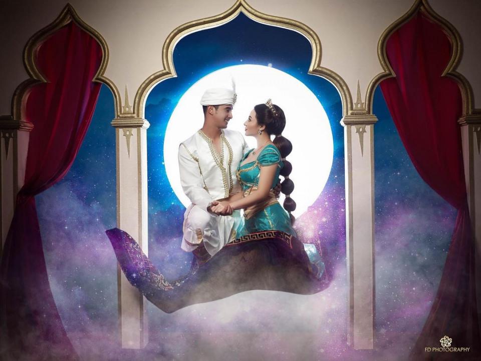 5 Potret Ali Syakieb dan Margin Wieheerm Tampil Romantis Bertema Aladdin - Foto 3
