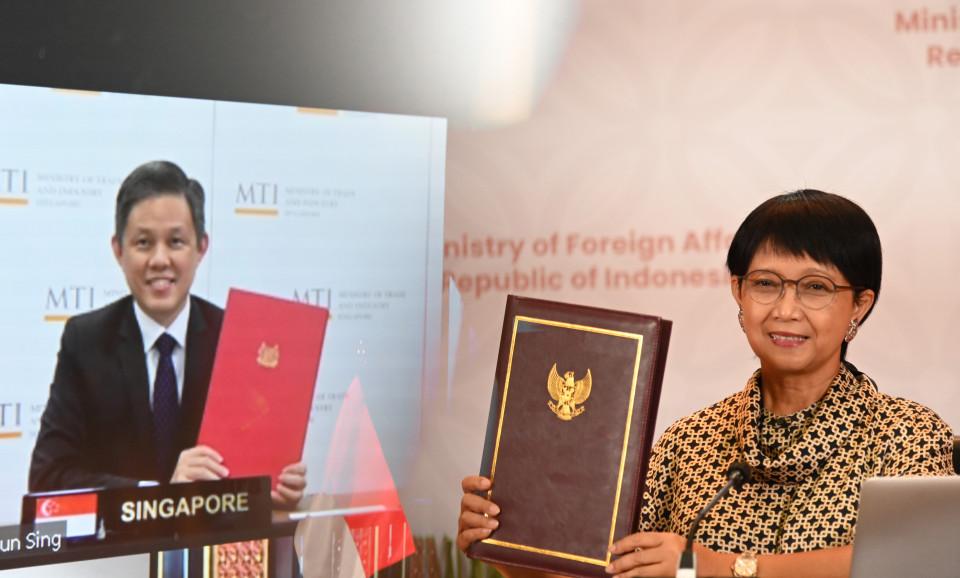 Kerjasama Investasi Indonesia-Singapura, Menlu Retno Yakin Akan Jadi Pendorong Pemulihan Ekonomi - Foto 1