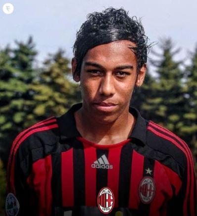 Tak Disangka, 5 Bintang Sepak Bola Dunia Pernah Berseragam Klub Ini - Foto 1